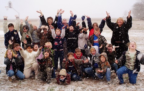West Elementary second graders enjoy the snow. The date stamp on this image is Jan. 31, 2007.